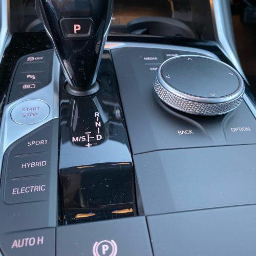 Automatik PKW BMW 330e plug in Hyprid